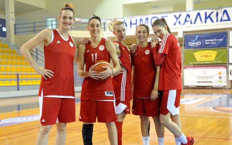Η ομάδα Γυναικών του Ολυμπιακού στα