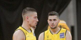 Βασίλης Τολιόπουλος